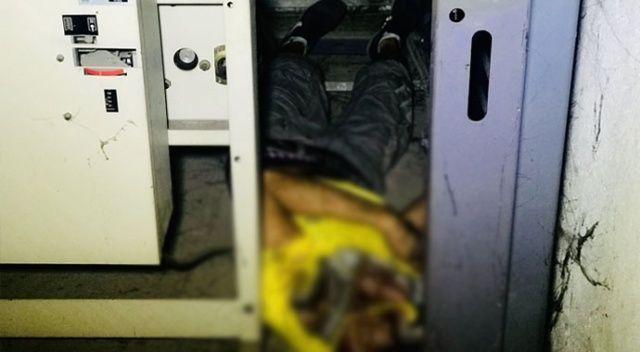 Trafoya giren hırsızlık şüphelisi elektrik akımına kapıldı