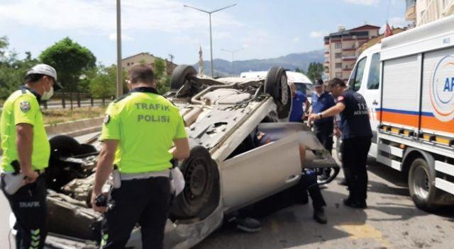 YKS'ye yetişmeye çalışan öğrenciler kaza geçirdi: 3 yaralı