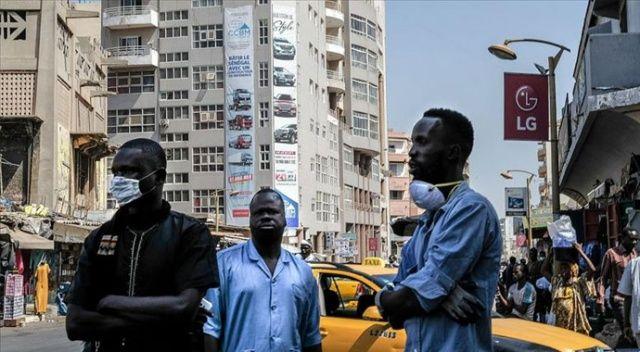 Afrika'da Kovid-19 vaka sayısı 890 bini aştı