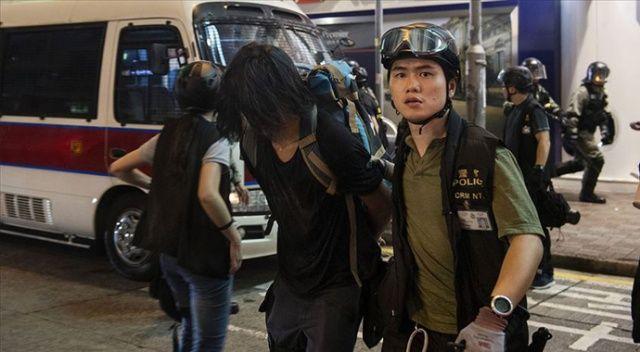 Çin 3 ülkenin Hong Kong'la olan suçluların iadesi anlaşmasını askıya aldı