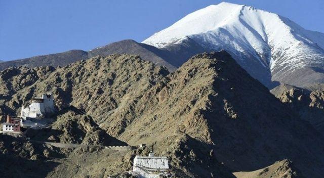 Çin, Himalayalar'da geri adım atıyor