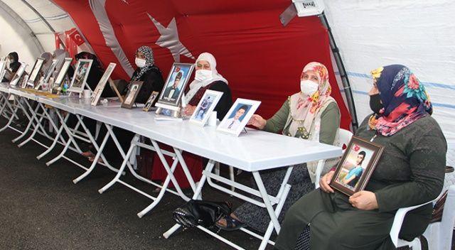 HDP önündeki ailelerin evlat nöbeti 332'nci günde