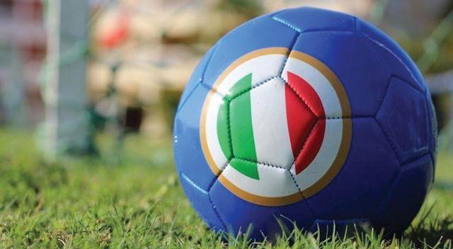 İtalya Serie A'da kulüpler ligin seyircili maçlarla tamamlanmasını istiyor