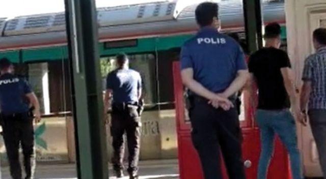 Korkunç ölüm! Tuzla'da bir şahıs Marmaray Durağı'nda raylara atladı