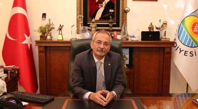 Koronavirüsü yenen Tarsus Belediye Başkanı Bozdoğan görevine başladı