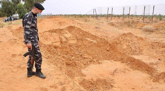 Libya'da toplu mezarlardan 40 günde 225 ceset çıkarıldı