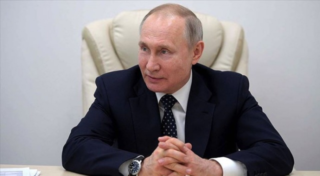 Putin'e 2036'ya kadar başkanlık yolunu açan halk oylamasından 'yüzde 77,92 evet' çıktı