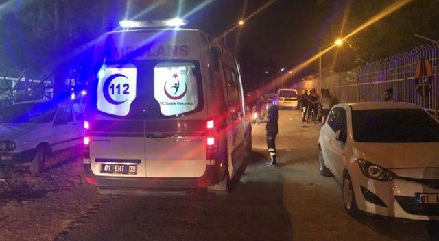 Adana'da 'çarpışan otoya çok çarptın' kavgası: 4 yaralı