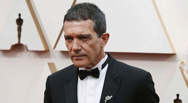 Antonio Banderas koronavirüse yakalandı