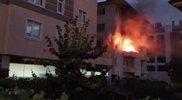 Bolu'da, alev alev yanan evde hasar oluştu