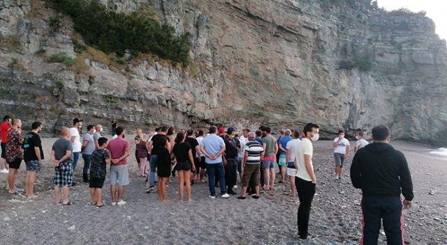 Denizde can pazarı: 8 kişi kurtarılmayı bekliyor