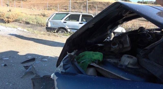 Feci kaza! İki otomobil çarpıştı: 5 yaralı