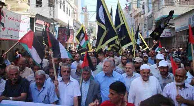 Gazze'de BAE-İsrail anlaşması protesto edildi