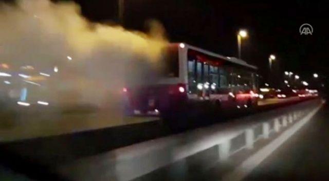 İstanbul'da alev alan otobüs yoluna devam etti