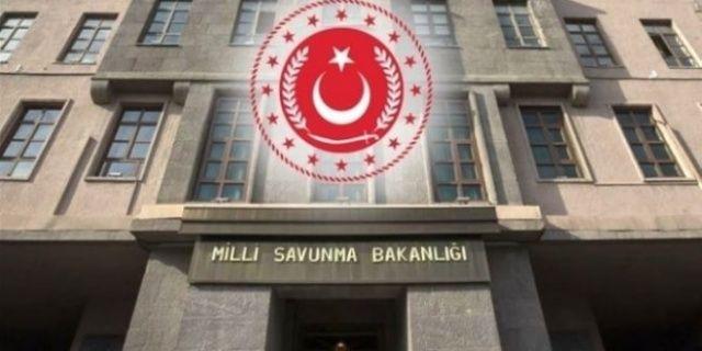 """MSB: """"İzmir Ege Deniz Bölge Komutanlığından çıkan kuru ot yangını kontrol altına alındı"""""""