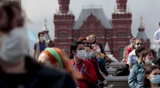 Rusya'da Covid-19 vaka sayısı 856 bini geçti