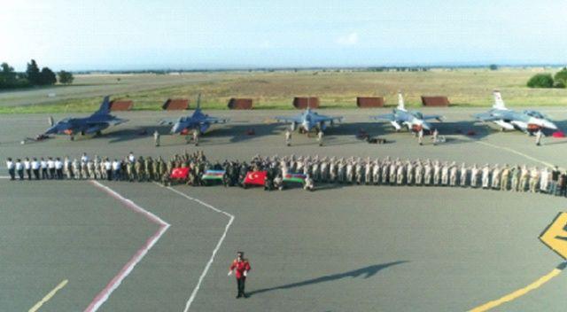Türk ve  Azerbaycan  askerlerinden  ortak mesaj