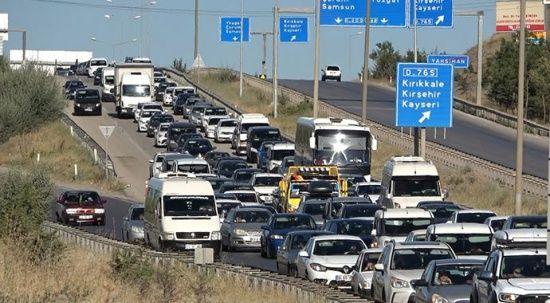 43 ilin kilit kavşağından bayram tatili boyunca 434 bin araç geçti