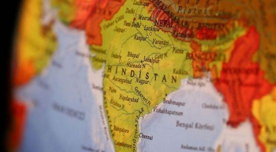 Hindistan'da sel ve toprak kaymasında ölü sayısı 15'e ulaştı