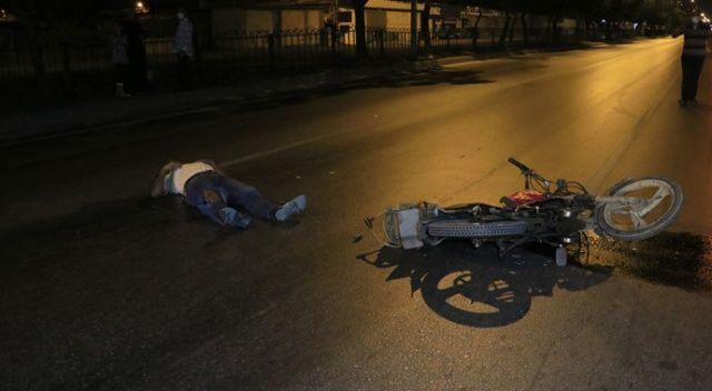 Adana'da motosikletler çarpıştı: 1'i ağır 3 yaralı