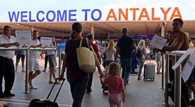 Antalya'ya Rus akını!