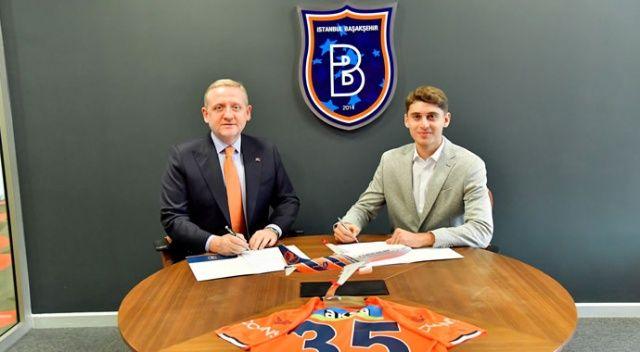 Başakşehir 17 yaşındaki Tagir ile 3 yıllık sözleşme imzaladı