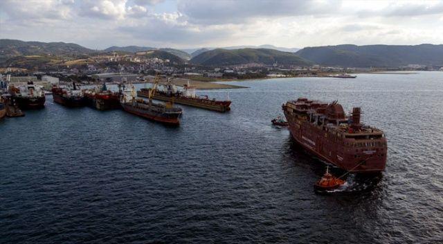 Dev operasyon: Dev gemi dört günde suya indirildi