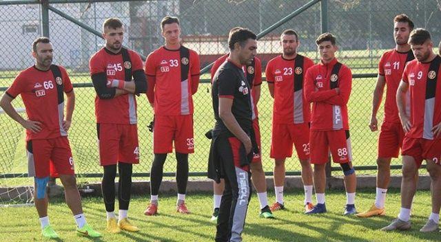 Eskişehirspor, Mustafa Özer ile yollarını ayırdı