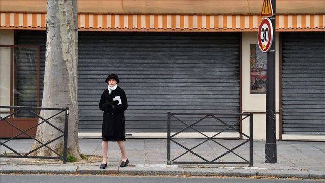 Fransa'da son 24 saatte 10 bin 561 Covid-19 vakası tespit edildi