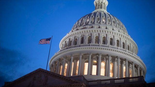 İki Cumhuriyetçi Senatör seçim öncesinde yeni Yüksek Mahkeme yargıcının belirlenmesine karşı