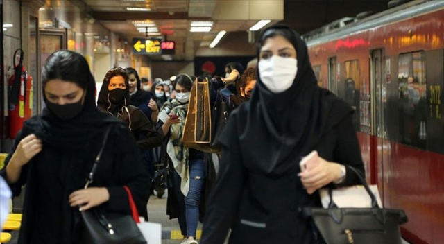 İran'da son 24 saatte 179 kişi Kovid-19'dan hayatını kaybetti