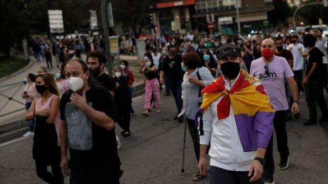 İspanya, Covid-19 salgınına karşı tüm büyükşehirlere kısıtlamalar getiriyor