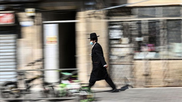 Karantina uygulamasına başlanılan İsrail'de Covid-19 vakaları 180 bini geçti