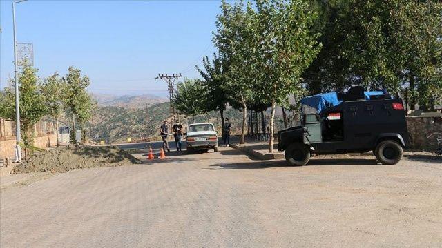 Karantinaya alınan Şirvan ilçe merkezinde giriş ve çıkışlar kontrollü sağlanıyor
