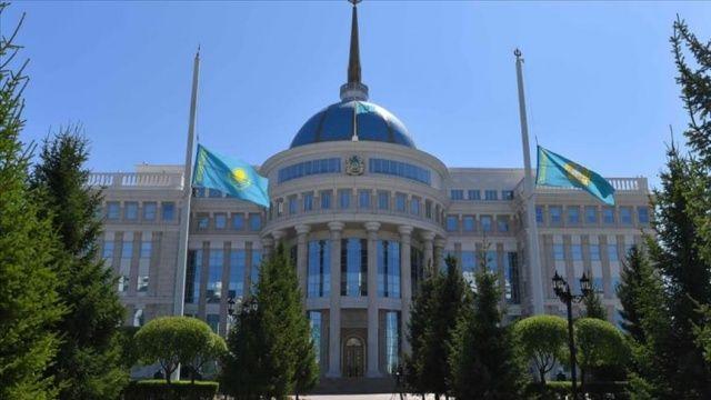 Kazakistan, Azerbaycan ve Ermenistan'ı müzakereleri başlatmaya çağırdı