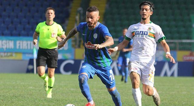 Rizespor, sahasında Alanyaspor'la 1-1 berabere kaldı