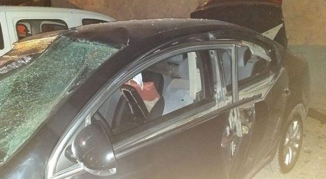 Sigarayı yaktı, otomobilde patlama meydana geldi
