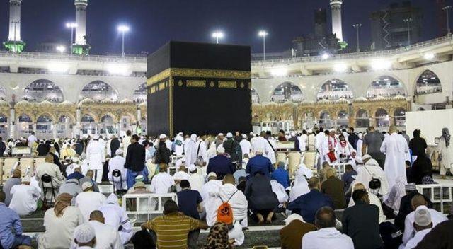 Suudi Arabistan umre ziyaretlerini kademeli olarak başlatacak