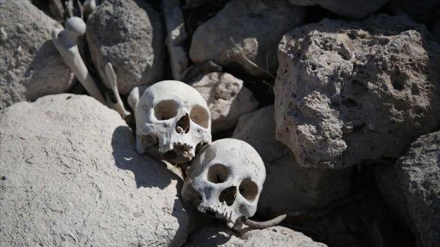 Suyu boşaltılan göletten kafatasları ve kemikler çıktı