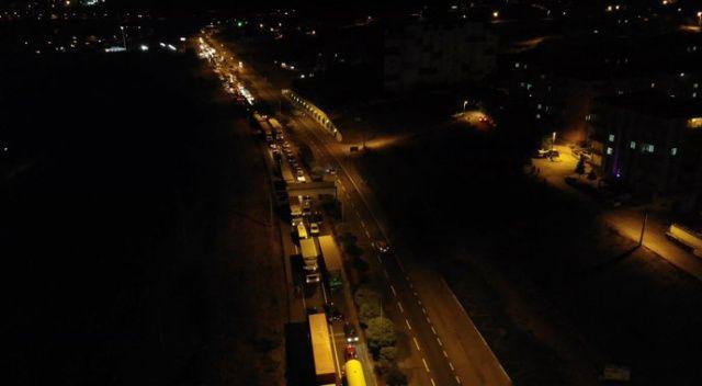 Zift yüklü tankerde yangın çıktı, Kırıkkale-Kayseri karayolu trafiğe kapandı
