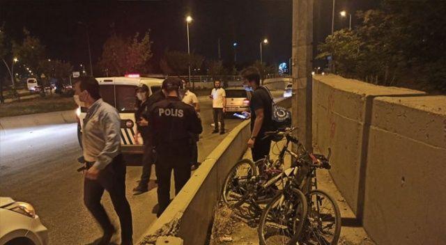 Ankara'da otomobil, bisikletli gence çarptı
