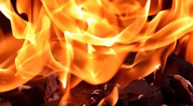 Apartmanın çatı katında korkutan yangın