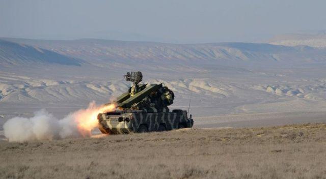 Azerbaycan ordusu, Ermenistan ordusuna ait Su-25 savaş uçağını düşürdü