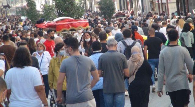 Bakan Koca: İstanbul'da vaka sayısı Türkiye genelinin yüzde 40'ına ulaştı
