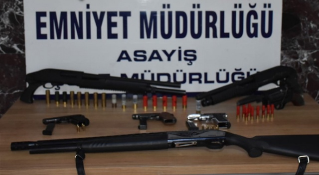 Elazığ'da çeşitli suçlardan aranan 21 şüpheli tutuklandı