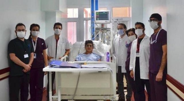 Elektrik akımına kapılan genci doktorların çabası kurtardı