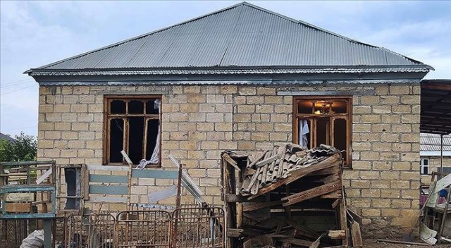 Ermenistan yine sivil yerleşimleri hedef aldı