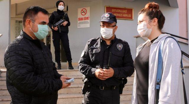 Eskişehir'de ATM'de unutulan 10 bin lira sahibine teslim edildi
