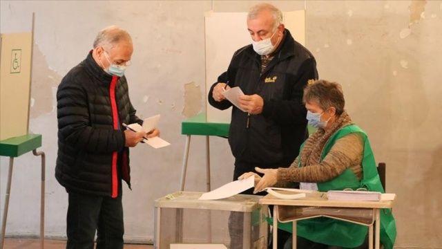 Gürcistan'daki genel seçimlerde oy verme işlemi sona erdi