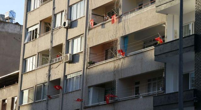 Hatay tek yürek oldu: 'Türk bayraklı' tepki